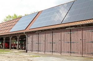 Solarmodule auf Scheune